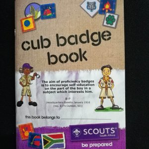 Cub Badge Book - English